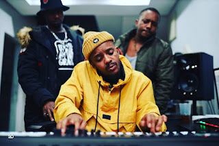 (Amapiano 2021) Kabza De Small, MDU aka TRP & Bongza - Beke Le Beke (feat. Young Stunna) [Exclusivo 2021] (Download MP3)