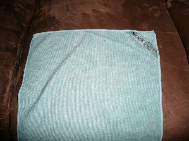 enviromentally friendly cleaning, cleaning a microfiber couch, Norwex, Norwex - EnviroCloth,