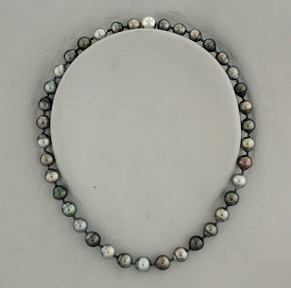 Tahiti Pearl Necklace black silver
