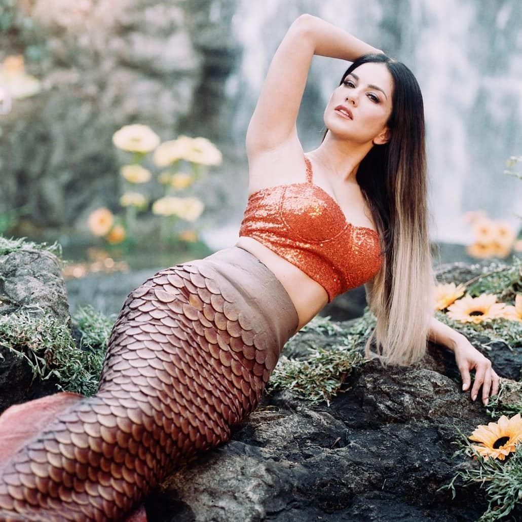 Sunny Leone Hot Photoshoot