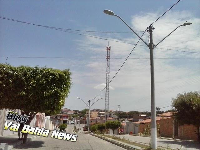 Várzea da Roça obteve crescimento em sua população segundo o Instituto chegando a 14.104 pessoas, superando os 13.786 habitantes alcançados em 2010, que atingiu uma densidade demográfica 26,83 hab/km².