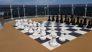 Giant Chess Set, Queen Elizabeth Cruiseship