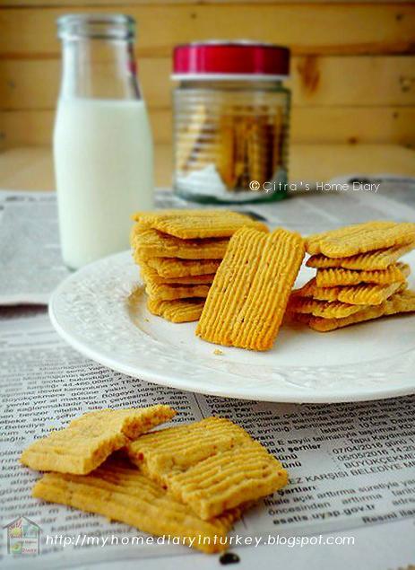 Melt in your mouth Peanut butter #cookies / Kue kering selai kacang (putih telur) | Çitra's Home Diary. #leftovereggwhiterecipeidea #eggwhiteidea #eggwhitecookies #cookiesrecipe #cookiesfromeggwhite #peanutbuttercookies #peanutcookies