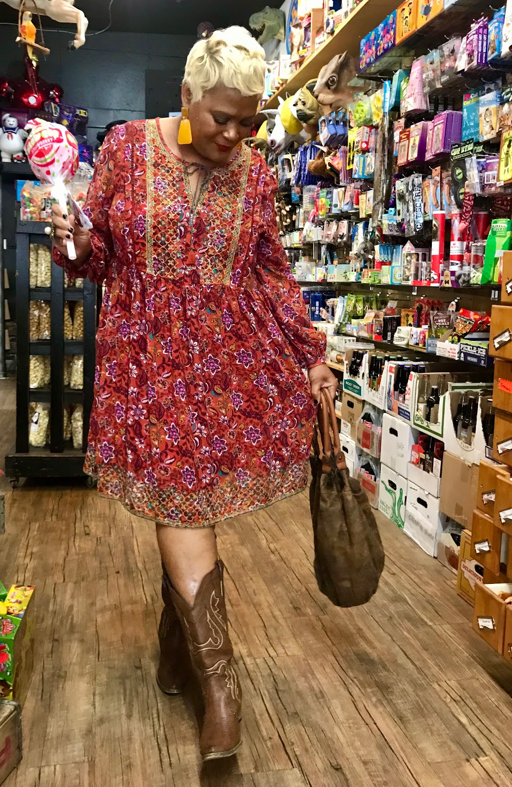 Judge My Style: I am finally wearing my thrifted bohemian bag with my gently used yellow 70's inspired earrings.