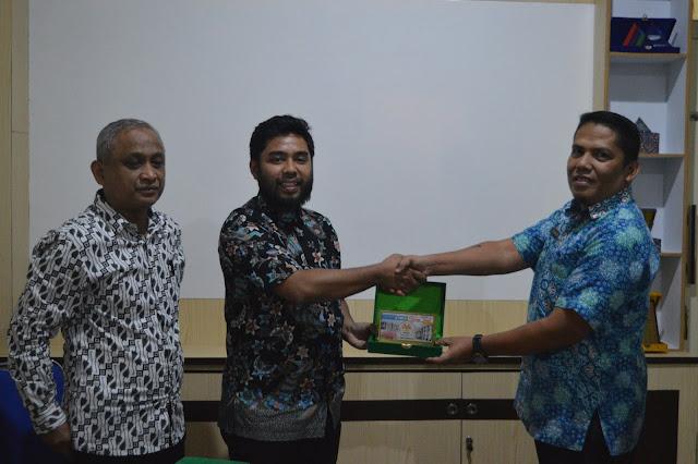 MoU antara STMIK Hang Tuah Pekanbaru dengan Asia e University dan Yaysan Pandita