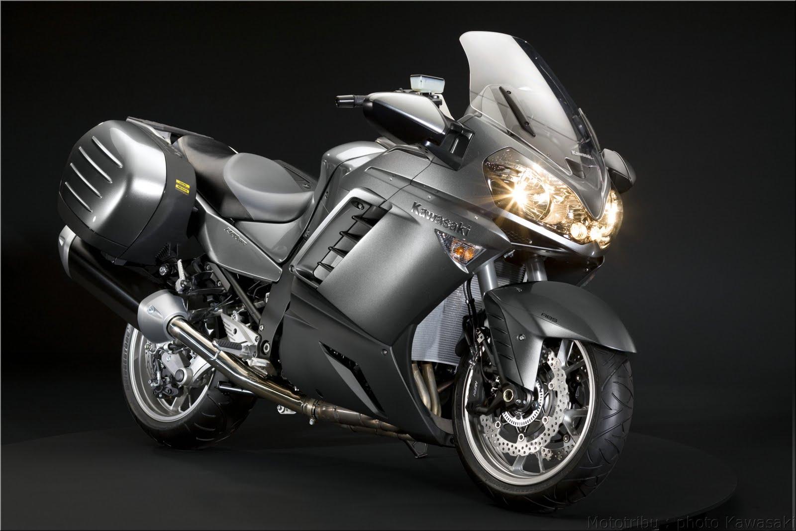 Latest Bykes  Kawasaki Versys 2009