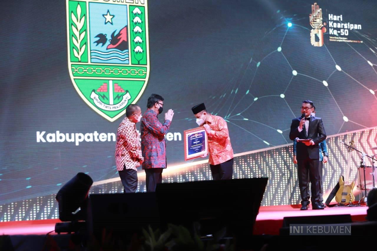 Kabupaten Kebumen Raih Penghargaan Terbaik Nasional Terkait Tata Kelola Arsip
