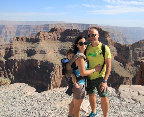 Foto di famiglia al Grand Canyon West Riserva Hualapai