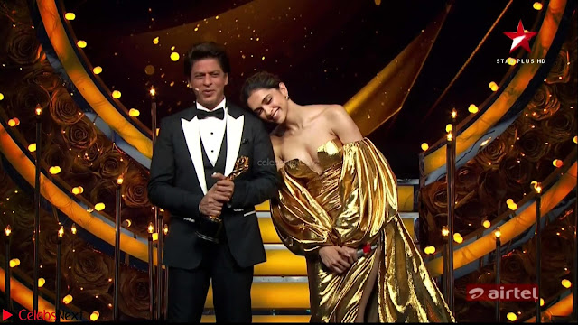 Deepika Padukone in Glittering Deep neck Golden Gown at  Lux Golden Rose Awards 2018  Exclusive 001.jpeg