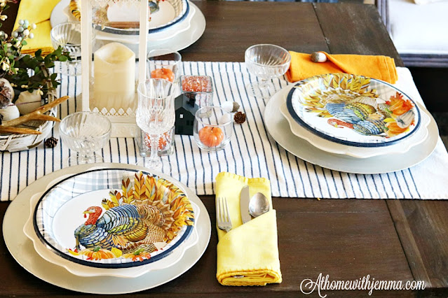 stripe, runner, blue, white, plates, crystal, athomewithjemma