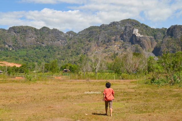 Bukit Karts Baloci Taman Purbakala Sumpang Bita Pangkep || JelajahSuwanto