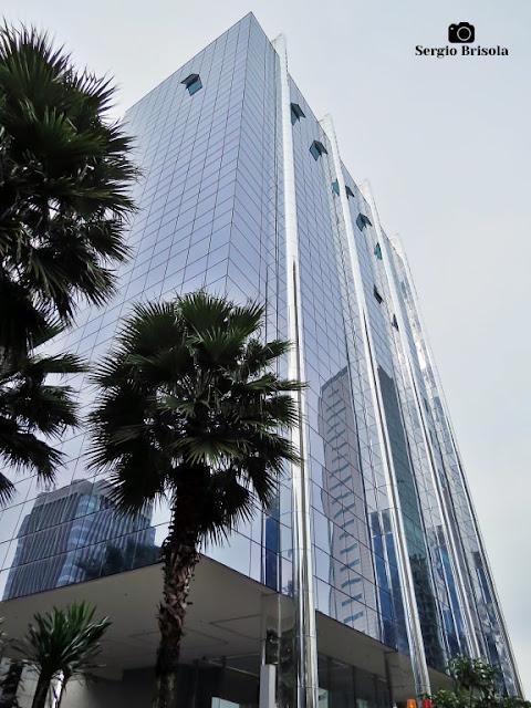 Vista ampla do Edifício Alvino Slaviero - Itaim Bibi - São Paulo