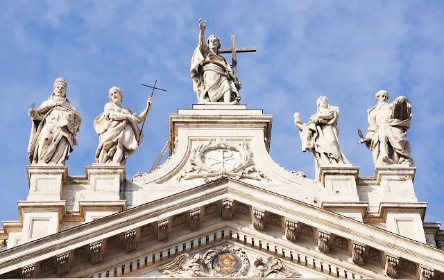 Dedicazione della basilica lateranense #pregolaParola