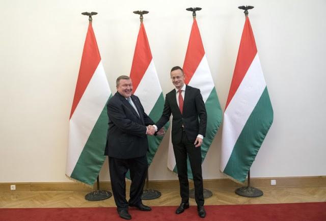 Szijjártó Péter fogadta a Nemzetközi Beruházási Bank elnökét