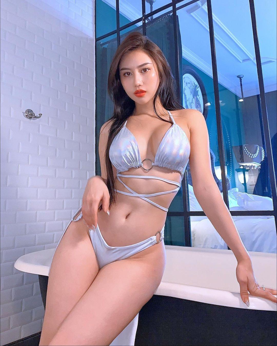 Hot Girls ♔♔ …Tracy Lê - Trang 14