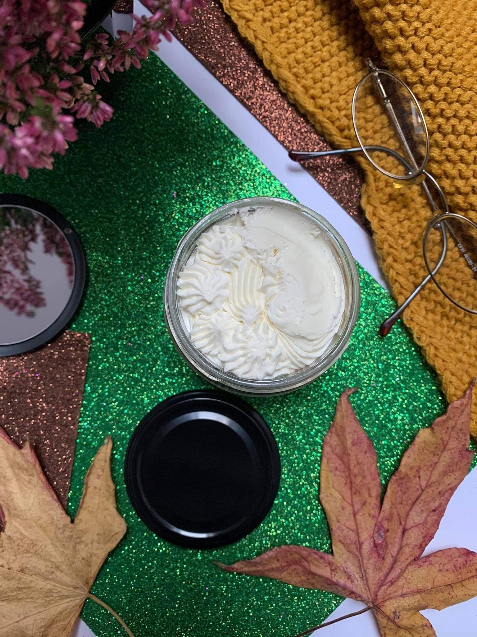 Masło maślane śliwka w cynamonie - pachnące kosmetyki Nali Natural