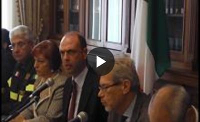 http://palermo.repubblica.it/cronaca/2016/06/19/news/emergenza_incendi_l_ultimo_piromane_arrestato_nel_palermitano_era_un_operaio_della_forestale-142318896/