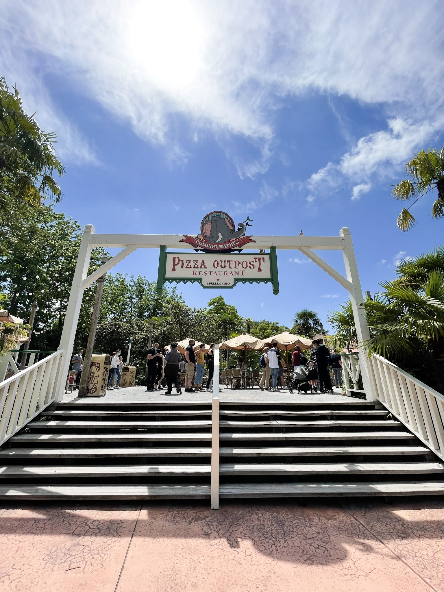 Restaurante Coronel Hathi's Pizza Outpost Disneyland Paris
