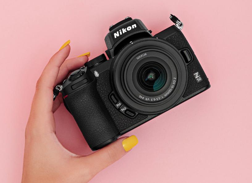 Nikon Z50 в руках