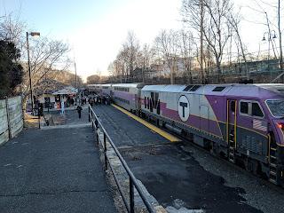 MBTA: Thursday - Commuter Rail notice for Thanksgiving