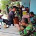 Bangun Kebersamaan, Satgas Karya Bhakti Makan Siang Bersama Warga