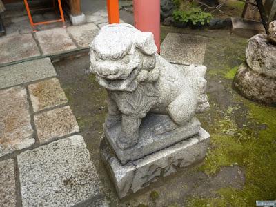 白龍神社の阿像獅子