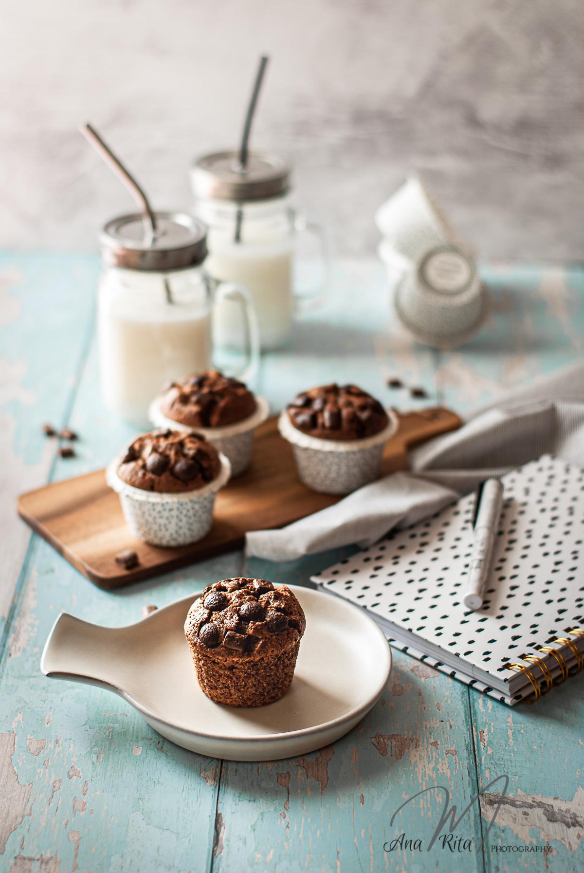 Muffins recheados creme chocolate cacau