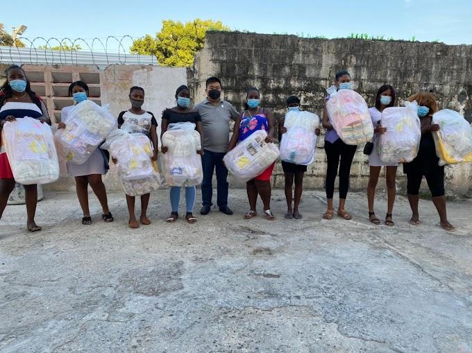 Barahona:- Hochosen dona Canastillas a mujeres embarazada