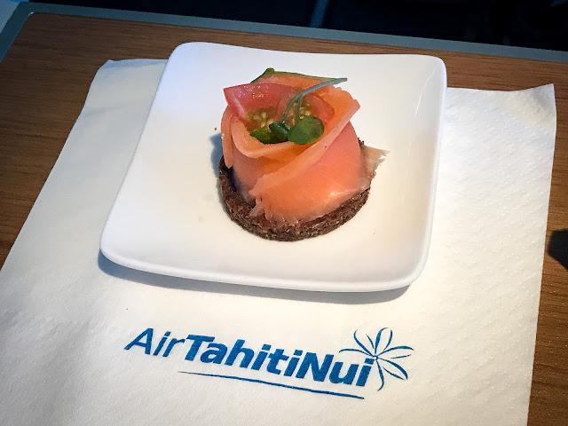 Air Tahiti Nui, TN102, AKL-PPT (A340-300)  商務艙