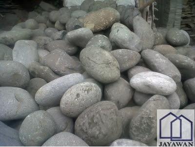 Jenis batu kali besar untuk taman
