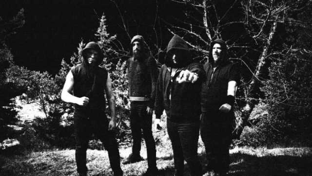 "SYNTELEIA: Υπέγραψαν με την Hells Headbangers. Ακούστε το νέο κομμάτι ""Daemonica Infernalium"""