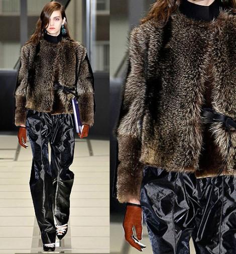 Balenciaga και Alexander McQueen βάζουν τέλος στη χρήση γούνας στα προϊόντα τους