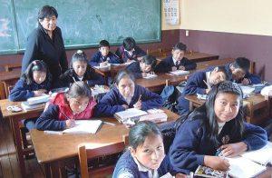 Escolares en El Alto