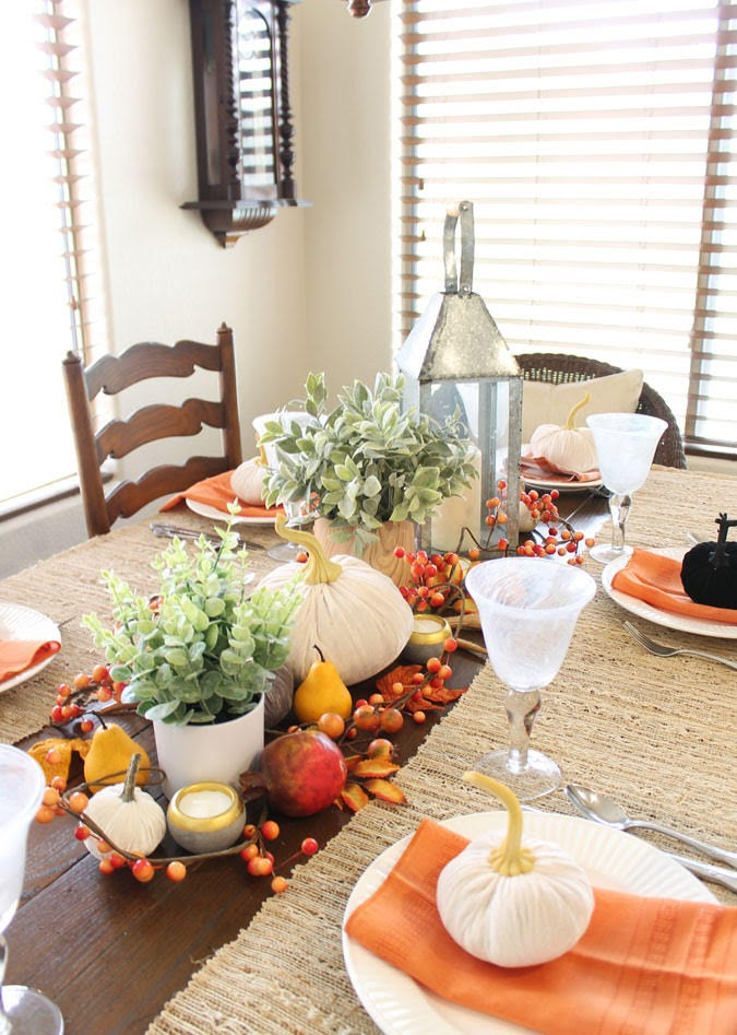 NEUTRAL GLAM FALL TABLE