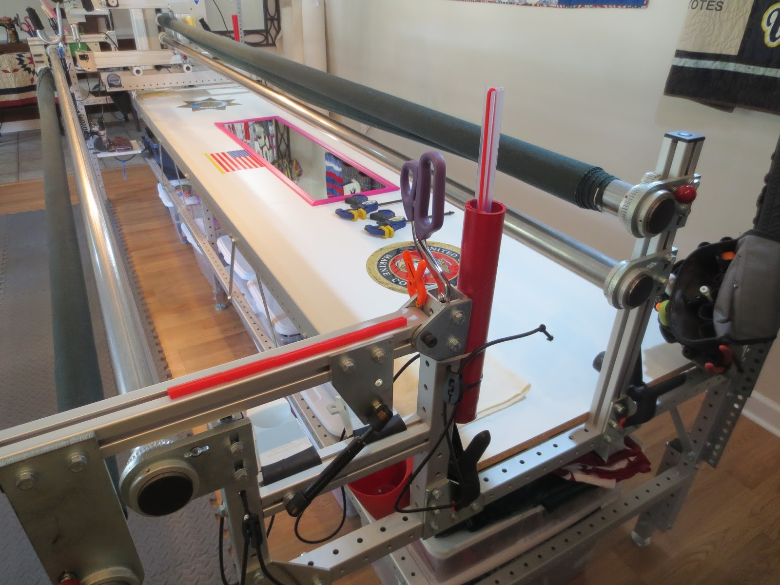 We Quilt: October 2015 : red snapper quilt clamps - Adamdwight.com