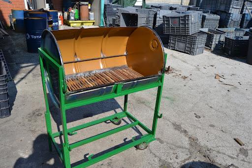 I sogni di harlock barbecue con il bidone for Barbecue fai da te in ferro