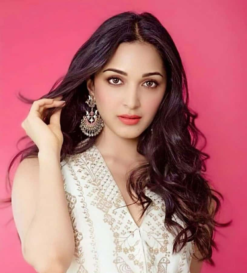 Gorgeous Kiara Advani Stunning Photos
