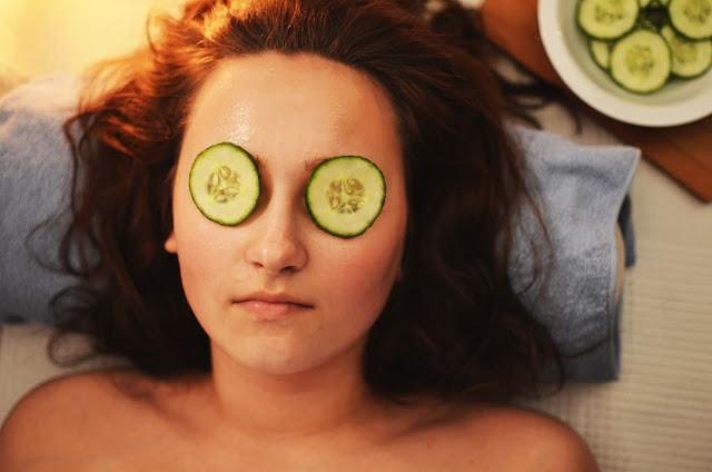 Ways to take care of skin at an increasing age