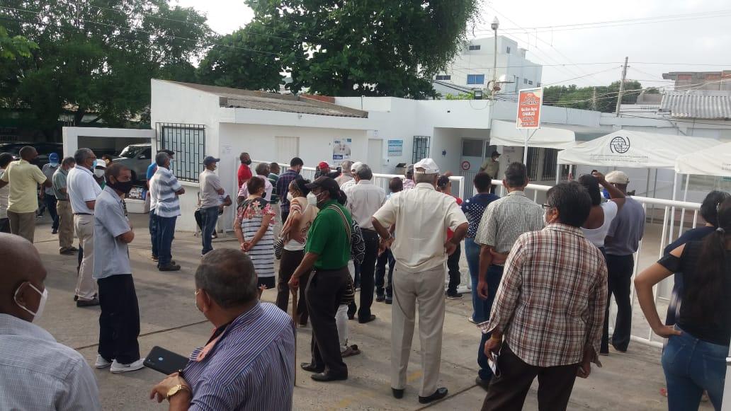 hoyennoticia.com, Falta de segunda dosis de vacuna Covid-19 causa caos en el hospital de Riohacha