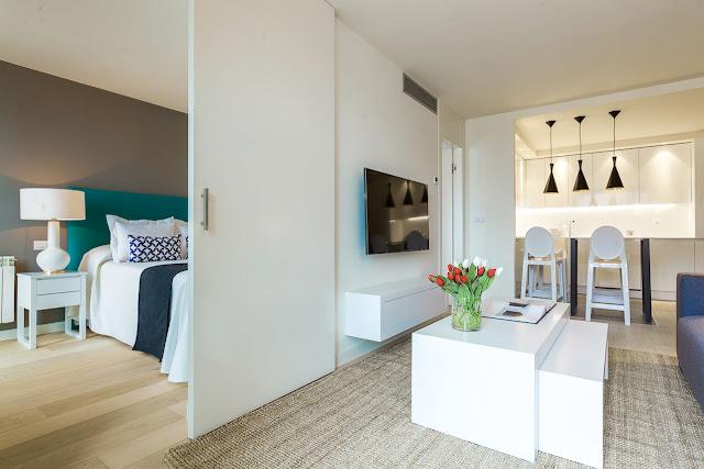 dormitor separat de usa glisanta