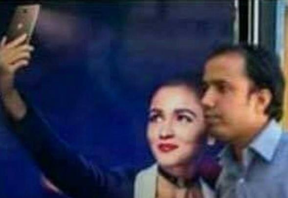 Foto Selfie Ini Tampak Biasa Saja, Tapi Siapa Sangka Jika Sebenarnya.....