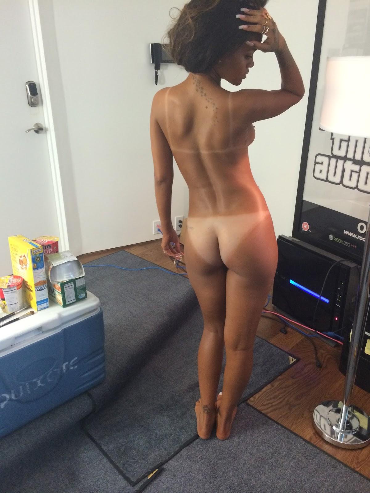 Rihanna Naked Blog 79