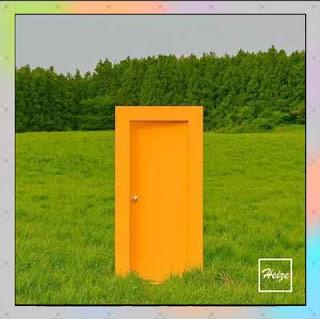 Lirik Lagu Heize – We don't talk together (Feat. Giriboy)