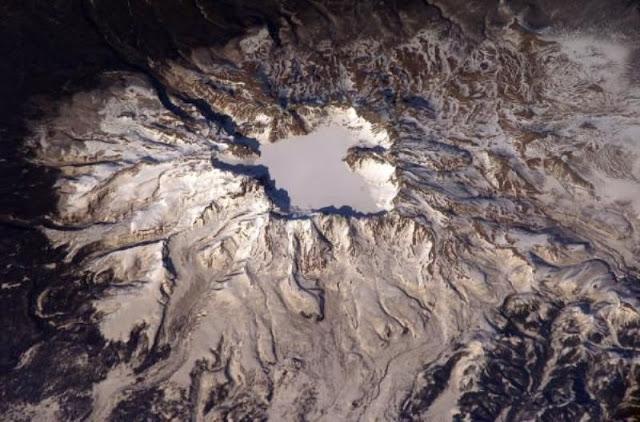 gunung changbaishan