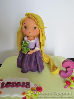 disney Rapunzel party cake