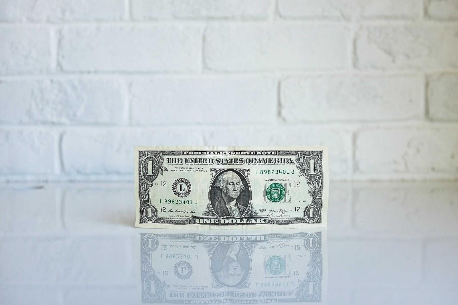 budgeting and money saving