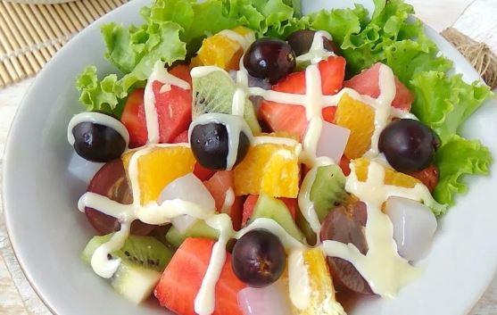 Cara Membuat Salad buah dirumah tanpa ribet