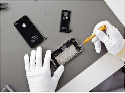 Thay mat kinh iPhone 4 chinh hang