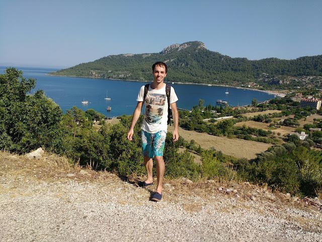 Вид на бухту Кumlubuku, Турция.