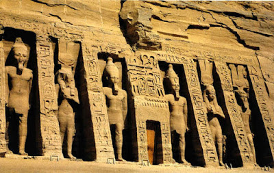 Templo de Nefertari en Abú Simbel